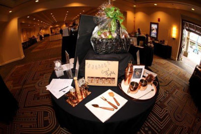 2016SilentAuctionTables6